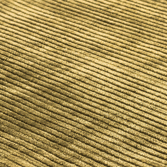 Suite Paris Viscose willow green by kymo | Rugs