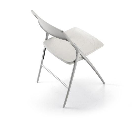 Plek Chair by actiu | Chairs