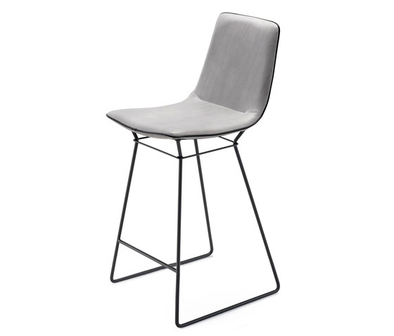 Amelie Kitchen Stool High de Freifrau Sitzmöbelmanufaktur | Taburetes de bar