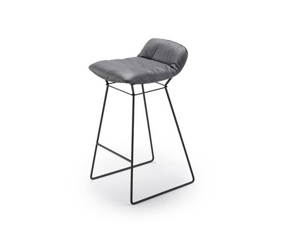 Leya | Counter Stool Low by FREIFRAU MANUFAKTUR | Counter stools