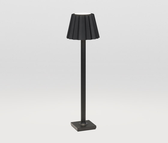 Butler P 306 Down-Up by Delta Light | Free-standing lights