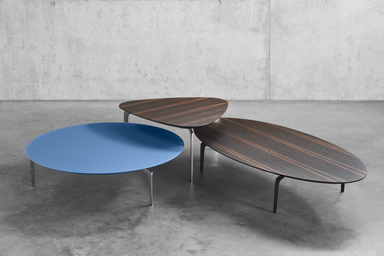 Solo T2 15.003.01 by Kettnaker | Coffee tables