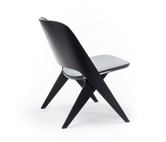 Lavitta lounge chair black, upholstered by Poiat | Lounge chairs
