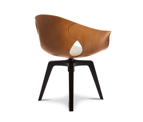 Ginger Swivel by Poltrona Frau | Chairs