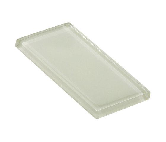 Glasstints | cucumber glossy di Interstyle Ceramic & Glass | Piastrelle vetro