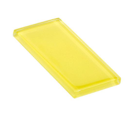 Glasstints | yellow green glossy di Interstyle Ceramic & Glass | Piastrelle vetro
