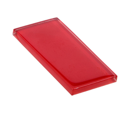 Glasstints | carmine red glossy de Interstyle Ceramic & Glass | Carrelage en verre