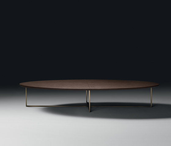 Oleg Coffee Table by black tie | Lounge tables