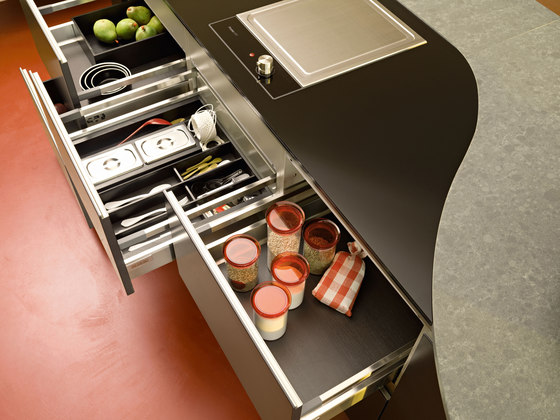 Ola 20 | nero extra by Snaidero USA | Fitted kitchens