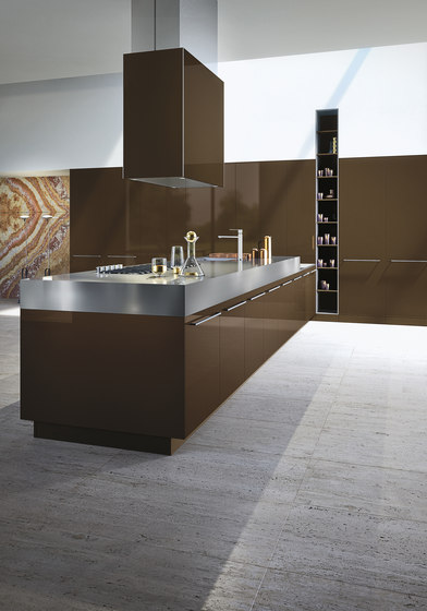 Opera | absolute brown by Snaidero USA | Fitted kitchens
