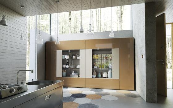 Roomy showcase module cabinets from caccaro architonic for Guccini arredamenti bologna