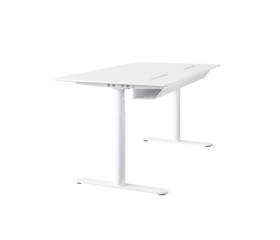 HiLow 2 | slidetop table by Montana Furniture | Contract tables