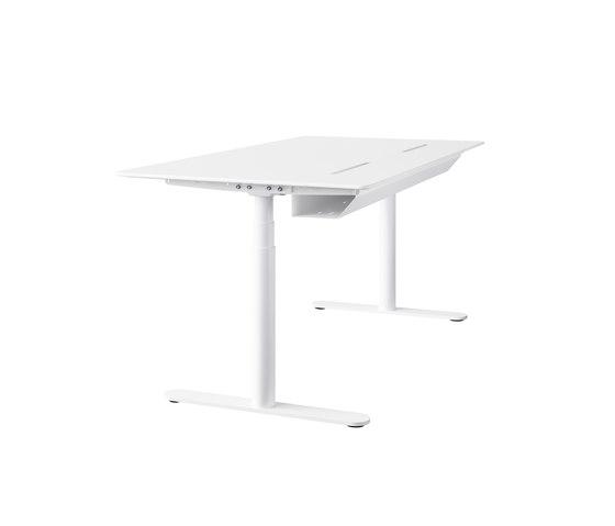 HiLow 2 | slidetop table di Montana Furniture | Tavoli contract