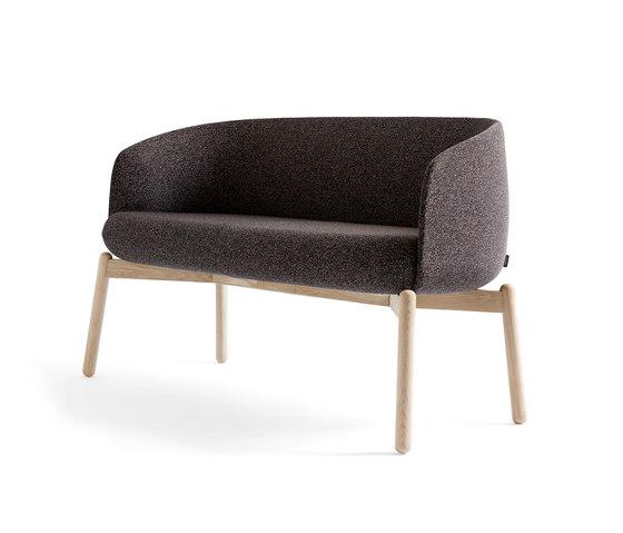Low Nest Sofa Wood von +Halle | Loungesofas