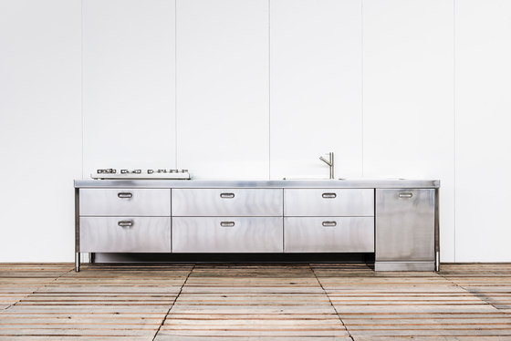 Custom Made Kitchens by ALPES-INOX | Compact kitchens