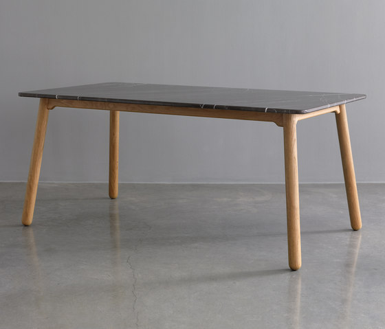 Carve marble dining table di Bethan Gray | Tavoli pranzo