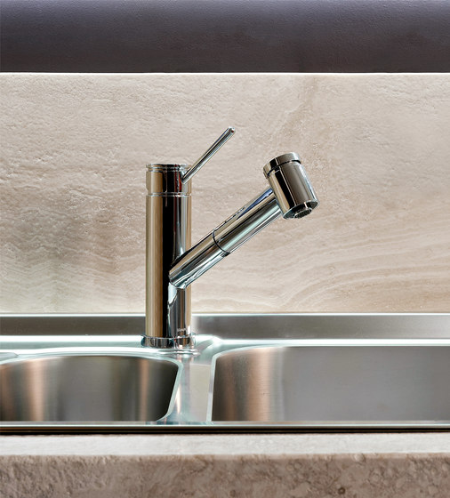 M.E. 25 - Kitchen Faucet with dual-function spray/stream pull-down sprayhead by Graff | Kitchen taps