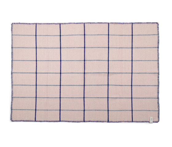manta plaid grau rosa blau plaids blankets from ames architonic. Black Bedroom Furniture Sets. Home Design Ideas
