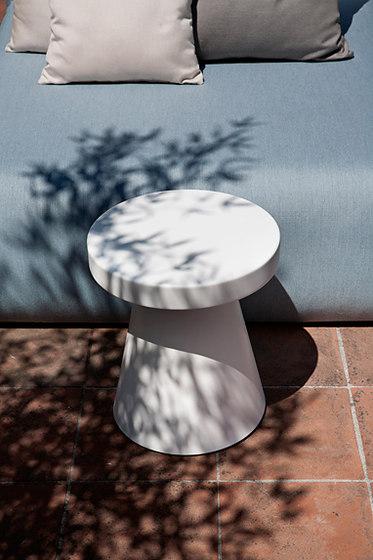 Zen cap by Exteta | Garden stools