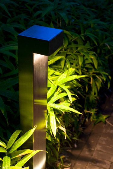 SIMPLY 90° 70cm INOX 316L LED by PVD Concept | Bollard lights