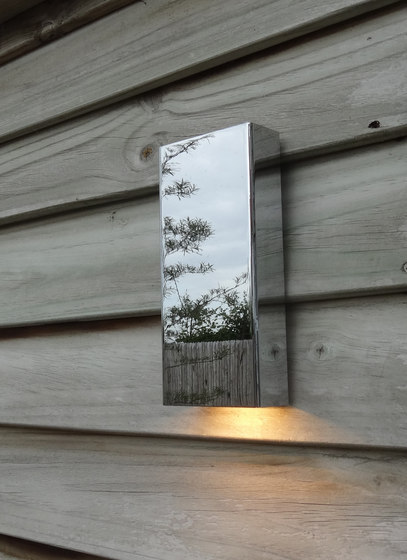 SIMPLY PILLAR down Wall medium Chrome LED by PVD Concept | Outdoor wall lights