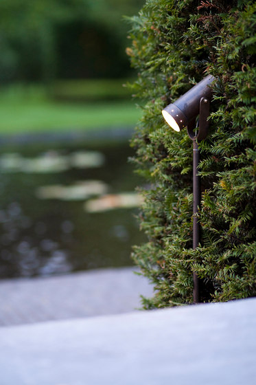 NONA Bar 100cm LED SPOT di PVD Concept   Lampade outdoor pavimento