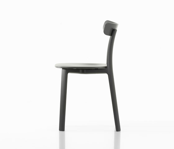 All Plastic Chair by Vitra | Restaurant chairs