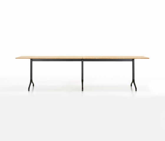 Belleville Table by Vitra | Restaurant tables