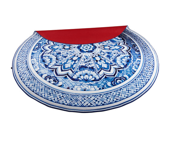Delft Blue | Plate rug de moooi carpets | Alfombras / Alfombras de diseño