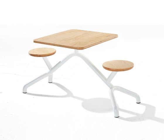 Pony by Derlot Editions   Tables and benches