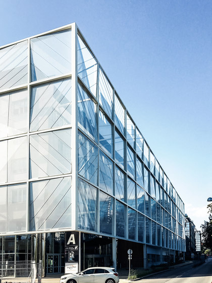 Transpartent Constructions de Koch Membranen | Systèmes de façade
