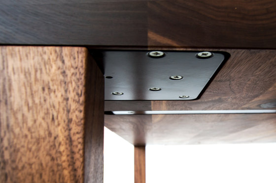 Vega by MBzwo | Dining tables