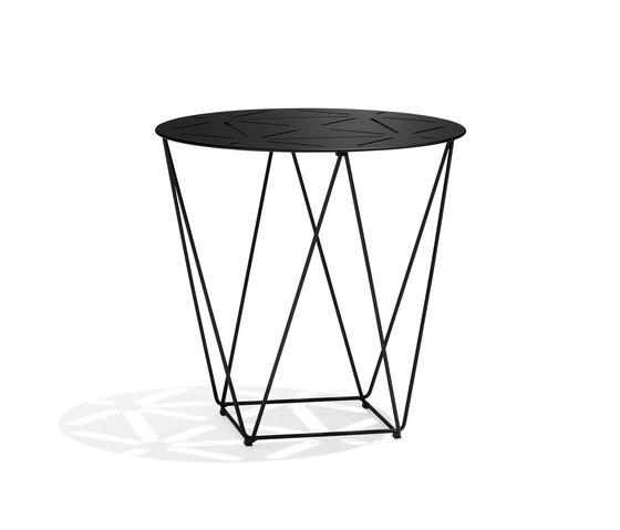 Joco Side table de Walter K.   Mesas auxiliares