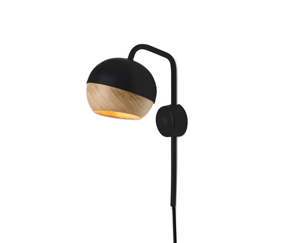 Ray Wall Lamp | Black by Mater | General lighting