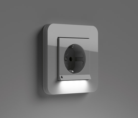 E3 | SCHUKO-socket outlet LED by Gira | Schuko sockets
