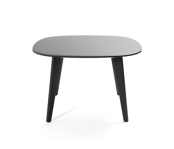 Sqround Dining Table di Tristan Frencken | Tavoli ristorante