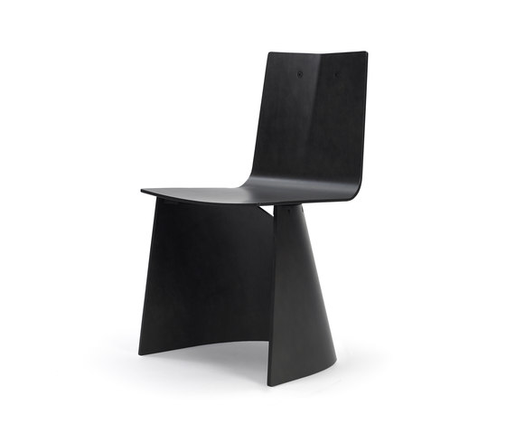 Venus Black Edition de ClassiCon | Chairs