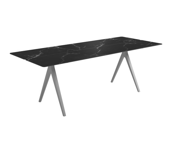 Split Medium Table by Gloster Furniture GmbH | Dining tables