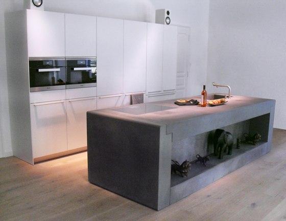 Concrete Kitchen   Design Example di Dade Design AG concrete works Beton   Pannelli cemento