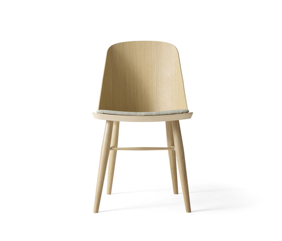 Synnes Dining Chair | Natural Oak/White Melange de MENU | Chairs
