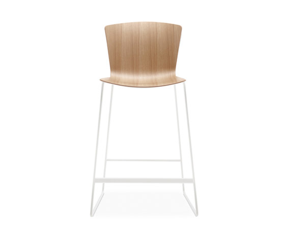 Slam Counter Chair de Leland International | Taburetes de bar