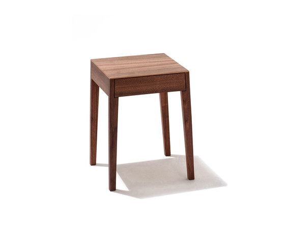 Theo bedside table de Sixay Furniture | Tables de chevet