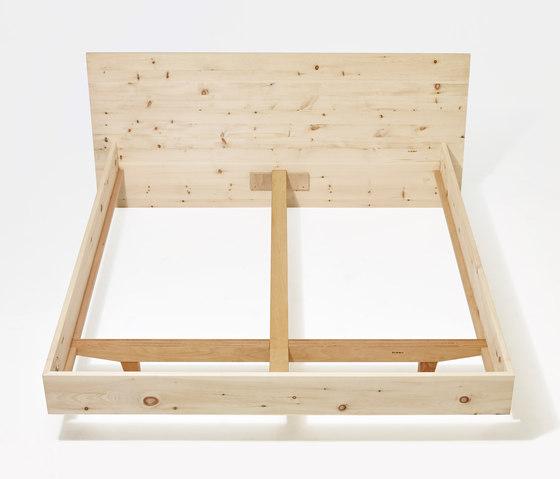 Anna wood bed de Sixay Furniture | Camas