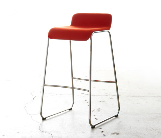 Allround L Bar Stool Small Shell Bar Stools From Stylex