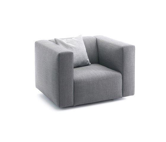 Match armchair di Prostoria | Poltrone