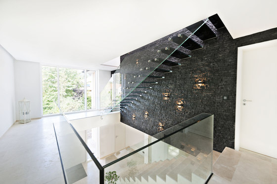 Mistral Black by Siller Treppen | Staircase systems