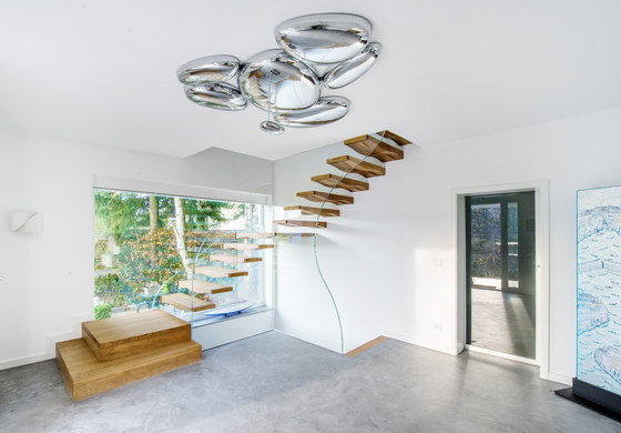 Floating Waves by Siller Treppen | Staircase systems
