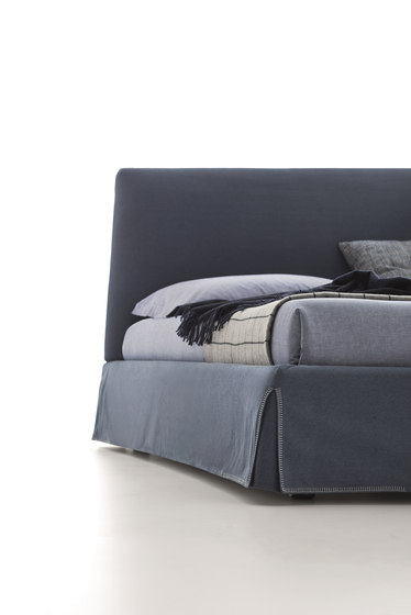 Adel by DITRE ITALIA   Beds