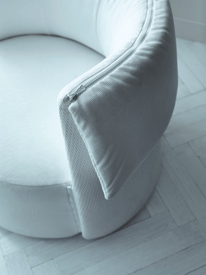 LaCarmen – Armchair by Saba Italia | Lounge chairs