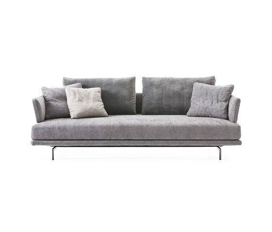 new quinta strada canap canap s d 39 attente de saba italia architonic. Black Bedroom Furniture Sets. Home Design Ideas